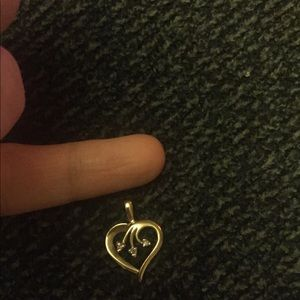 Jewelry - Diamond heart pendant